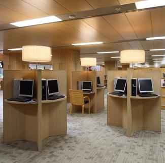 女 図書館 武庫 株式会社図書館流通センター(TRC)